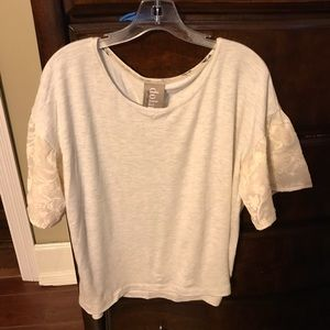 Anthropologie Short Sleeve Shirt Size M